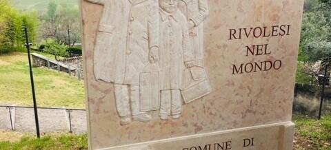 Inaugurazione del monumento dei Rivolesi nel Mondo
